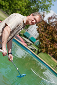 <b>Make Pool Maintenance Mindless, Eco-Friendly</b>&#8220;></td> <td> <p>(<a href=