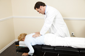 Amid Opioid Abuse Crisis, Back Pain Sufferers Look to Chiropractic Care