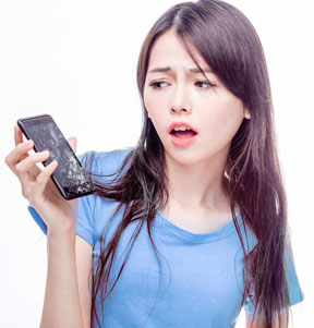 Five Reasons You Need Cell Phone Insurance Now