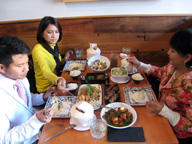 <b>How to Eat Thai and Enjoy It</b>&#8220;></td> <td> <p>(<a href=