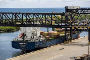 Florida Invests In Seaports, State Is Key Player in Global Marketplace