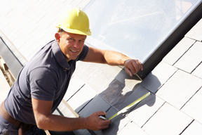 Avoiding Scammers: 5 Tips for Hiring a Roofing Contractor