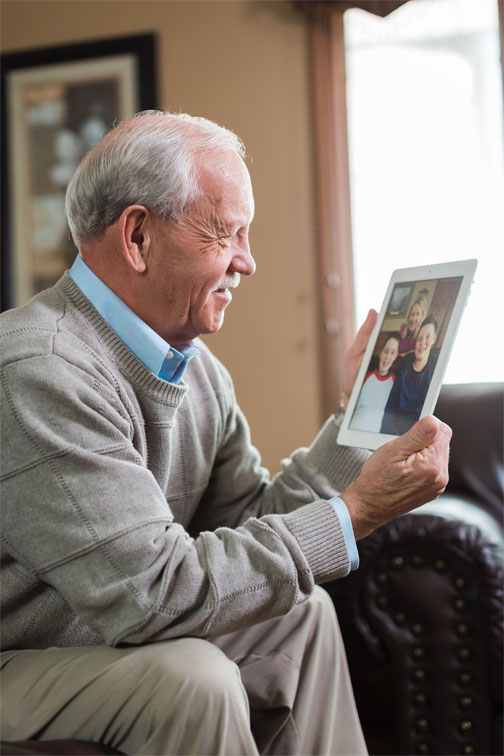 Keeping Senior Loved Ones Close When a Physical Visit Isn't Possible
