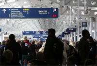 <b>De-Stress Your Holiday Travel Plans</b>&#8220;></td> <td> <p>(<a href=