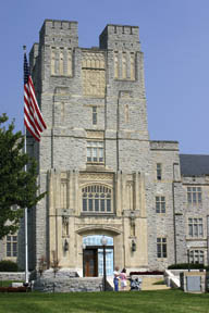 Universities Demo Emergency Contact Pilot Program After Virginia Tech Tragedy