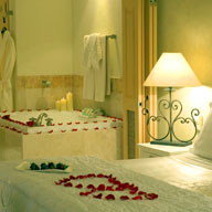 <b>How to Choose the Perfect Honeymoon Destination</b>&#8220;></td> <td> <p>(<a href=
