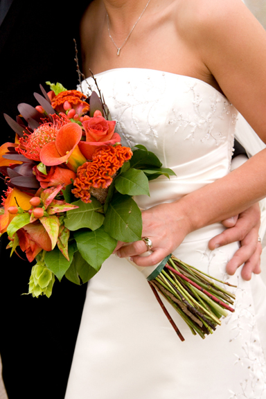 Fall-ing in Love: Tips for Autumn Wedding Bliss